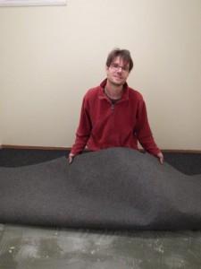 Der Teppich ist fast drinn...