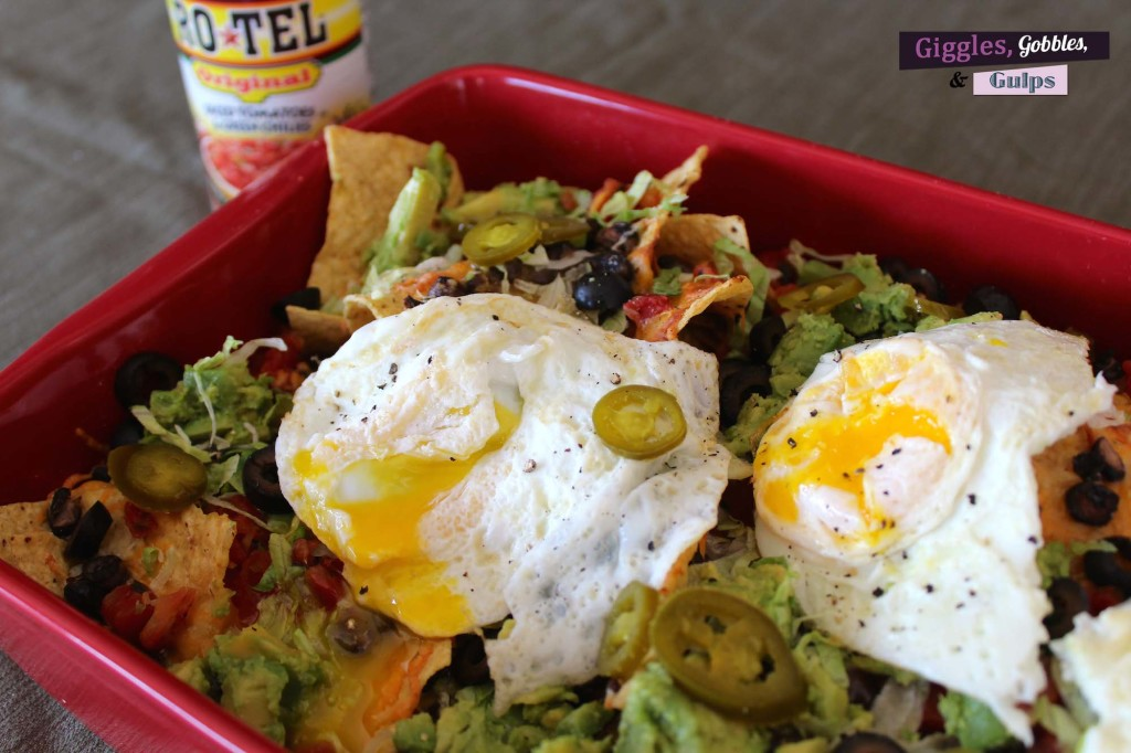 loaded nachos w- egg1