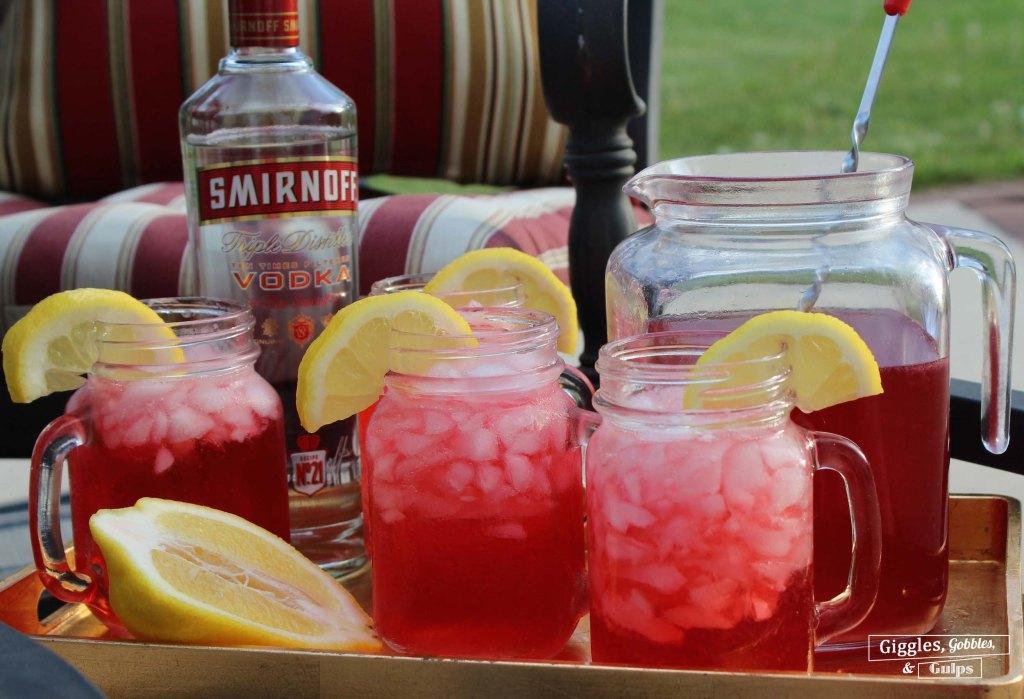 cranberry hibiscus tea lemonade refresher1