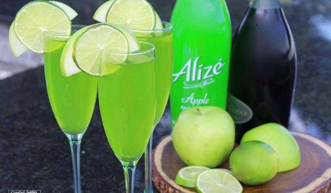 Alizé Apple Champagne Cocktail