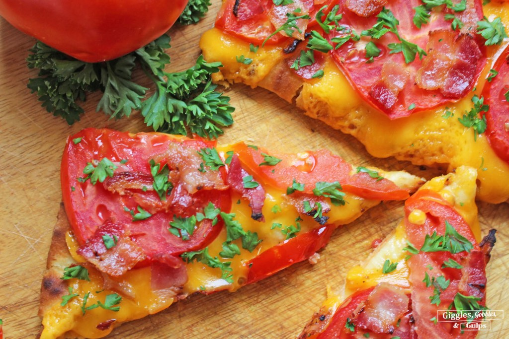 jersey tomato bacon flatbread