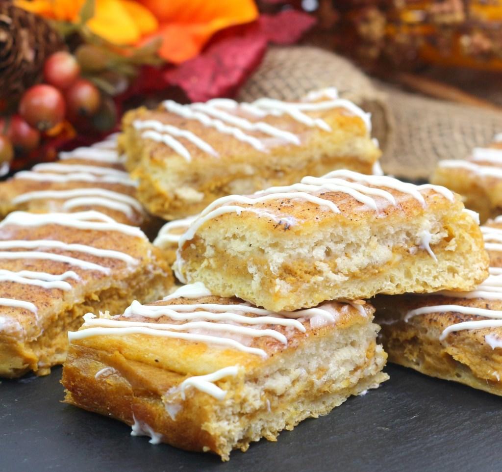 pumpkin-churro-cheesecake-bars