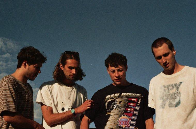 beachtape-hold-music