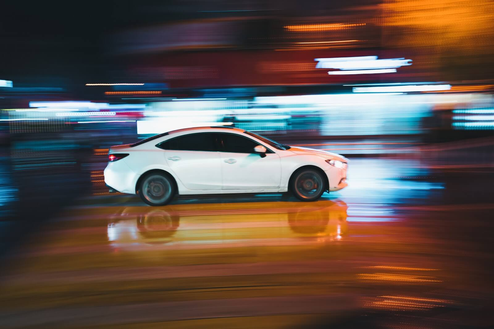 Uber XChange: a car surrounded by bright lights