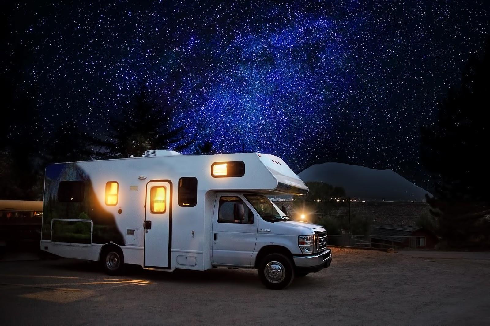 RVshare: an RV parked under a starry sky