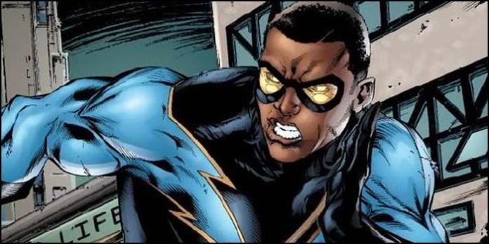 Черная молния DC биография