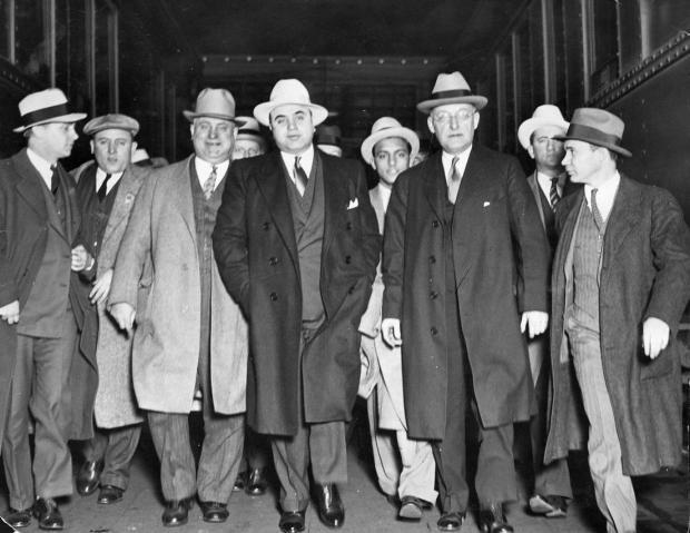 al-capone-gang-prohibition-era
