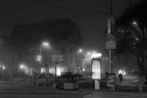 Grands espaces et petites solitudes - Une nuit à Bratislava - Photo : Gilderic