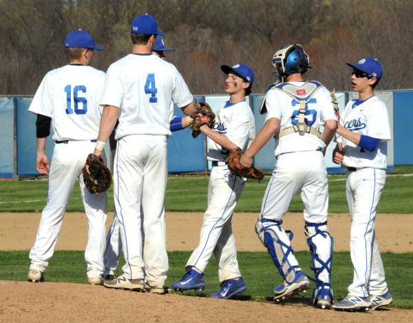 Gilmour Baseball Prepares State Tournament - Lance