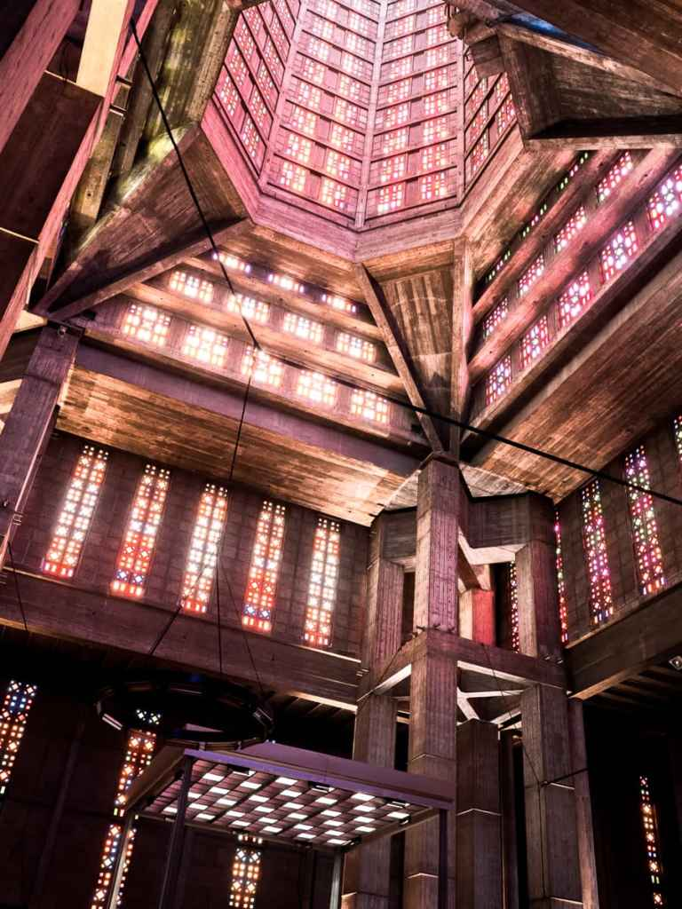 Élancements de la tour lanterne.
