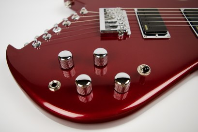 saint-624b-red-knobs
