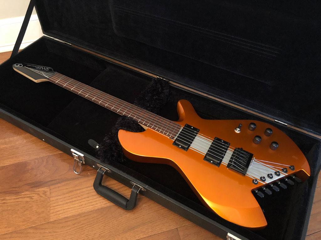 Sinner-622B-1708SNR002-candy-apple-orange-in-case