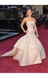 As pretty as the award, Jennifer Lawrence in Dior Couture