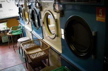 羽毛布団の洗濯表示に従ってコインランドリーを利用すれば失敗なし?!