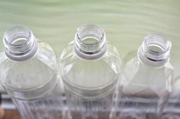 ラバーカップの代用ペットボトルで台所排水詰まりを直す方法とコツ!?