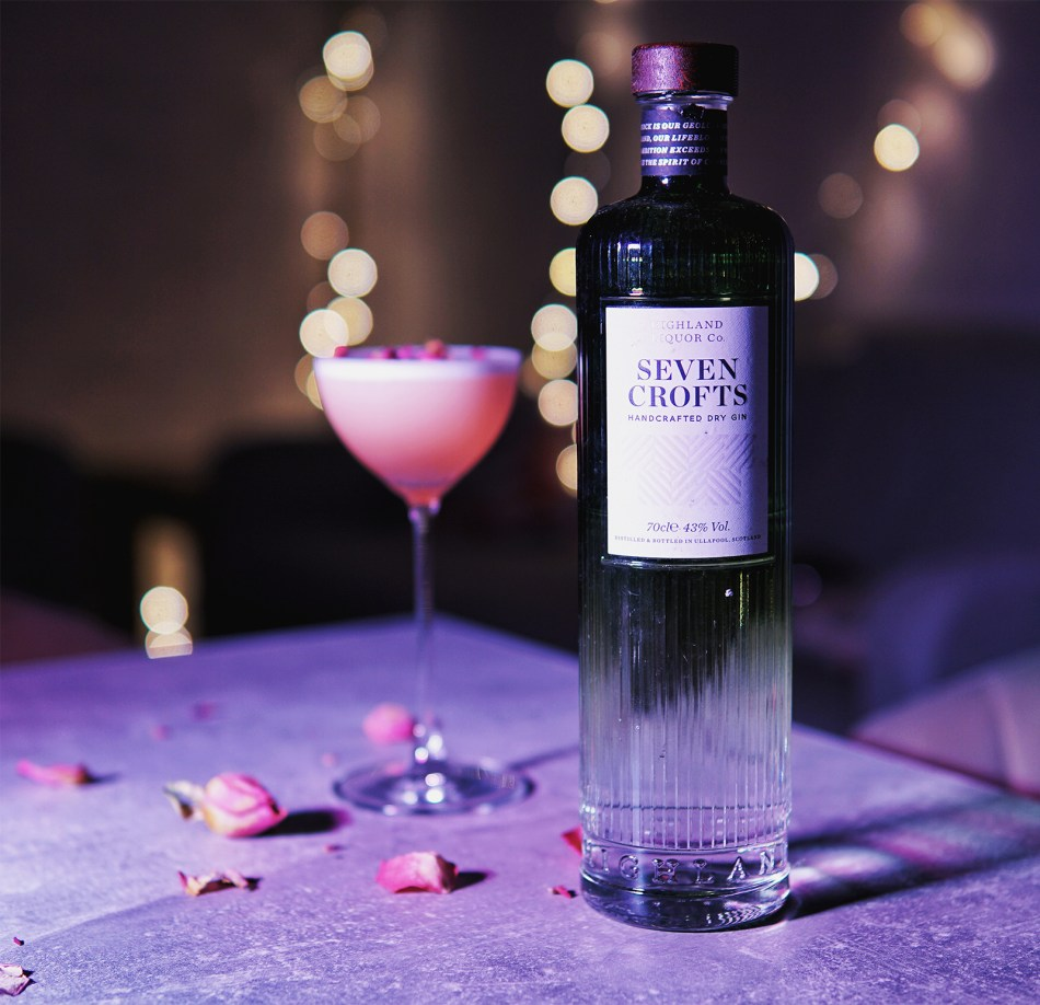 Seven Crofts Gin Blood Red Rose