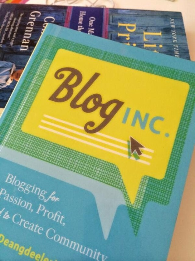 Blog Inc. | Review by Gina Alyse