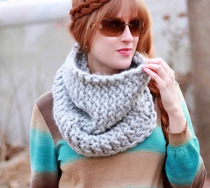 Super Chunk Cowl Knitting Pattern by Gina Michele