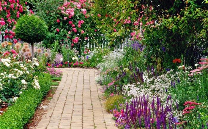 Cottage Gardan Landscaping