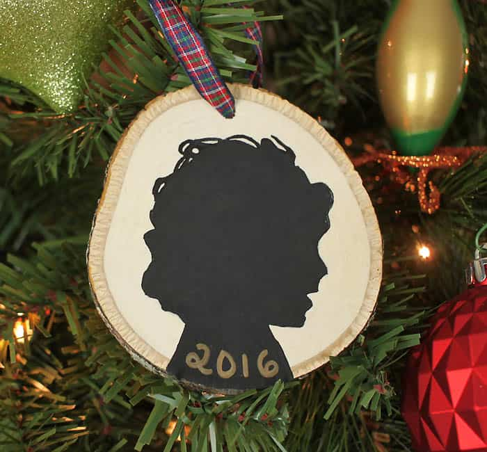 How to Make Painted Silhouette Christmas Ornaments