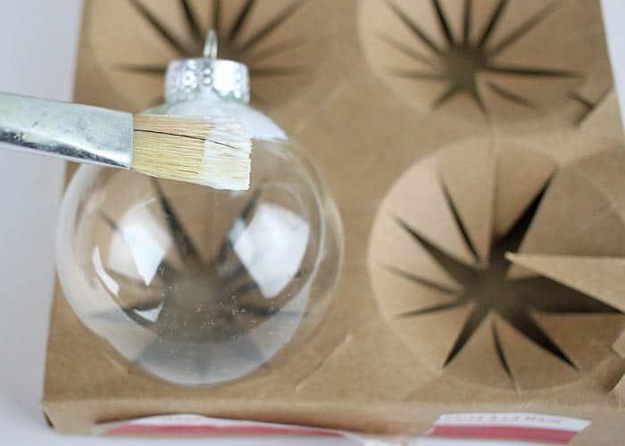 DIY Yarn Wrapped Christmas Ornaments