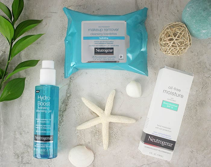 Skincare Essentials for a Day at the Beach
