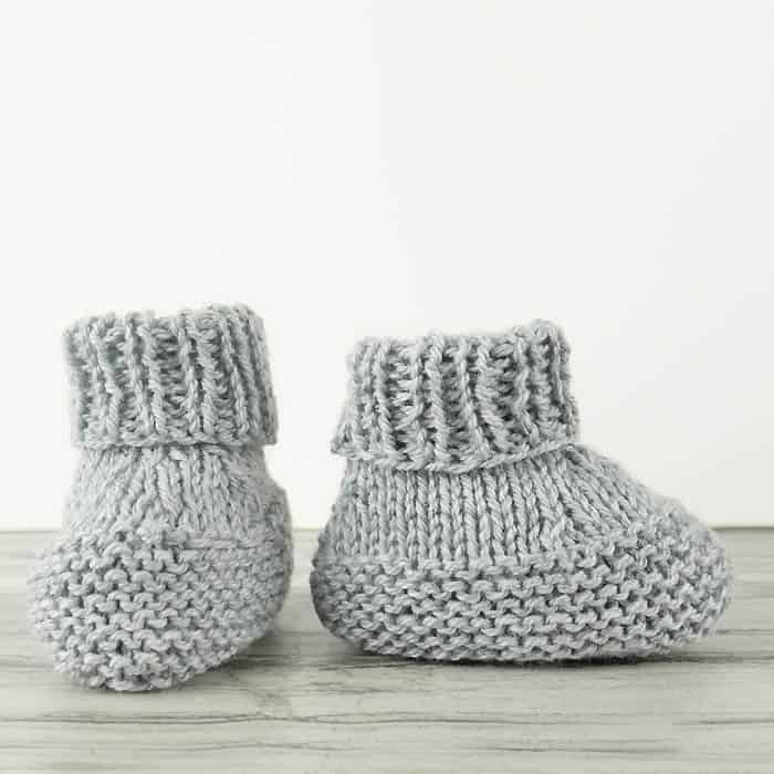 26ef012bc11 Easy Baby Booties Knitting Pattern