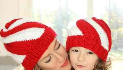 Flat Knit Christmas Stocking Knitting Pattern - Gina Michele