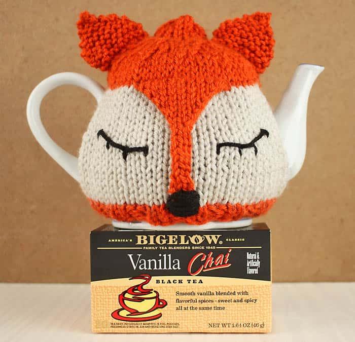 Flat Knit Fox Tea Pot Cosy Knitting Pattern