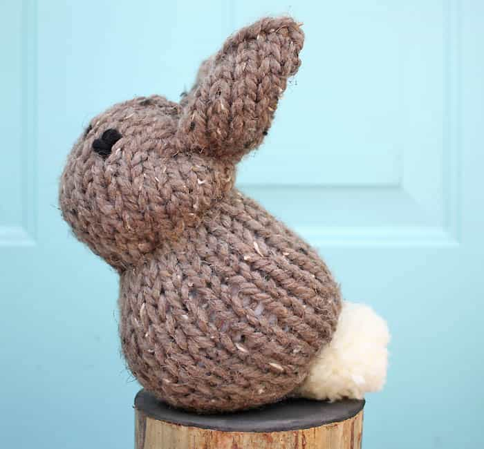 How to make a bunny from a knit square