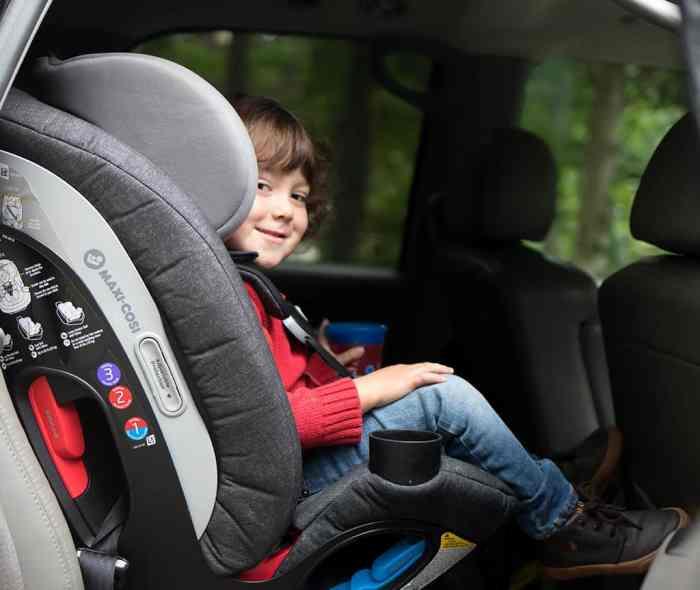 Maxi-Cosi Magellan Max 5-in-1 Convertible Car Seat
