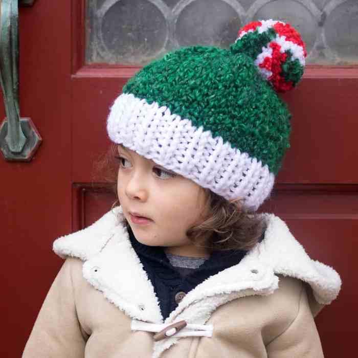 Kid's Holiday Hat Knitting Pattern