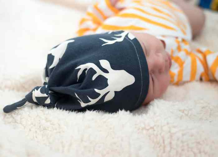 How to Sew an Easy Baby Hat