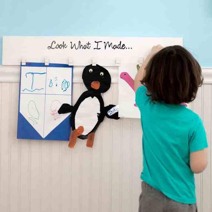 DIY Kid's Art Display