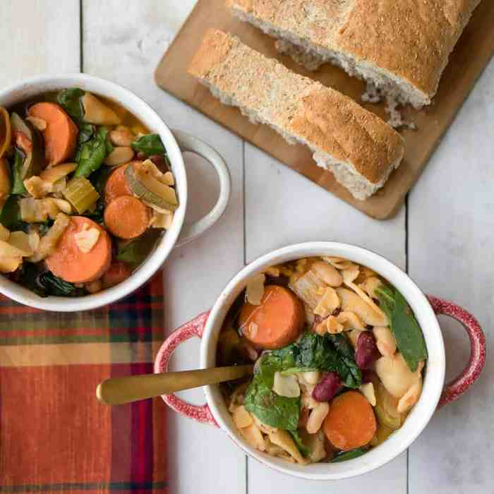 Instant Pot Vegan Minestrone Soup