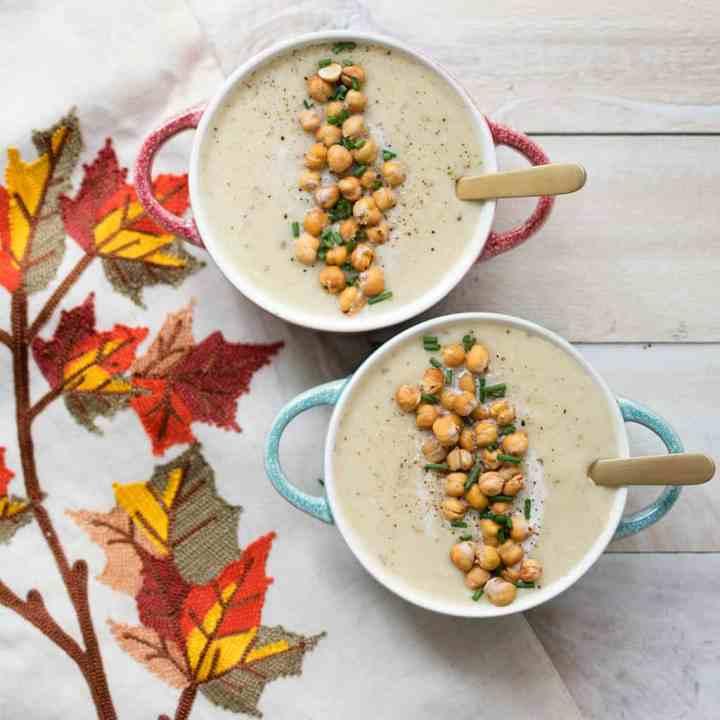 Slow Cooker Vegan Potato and Leek Soup