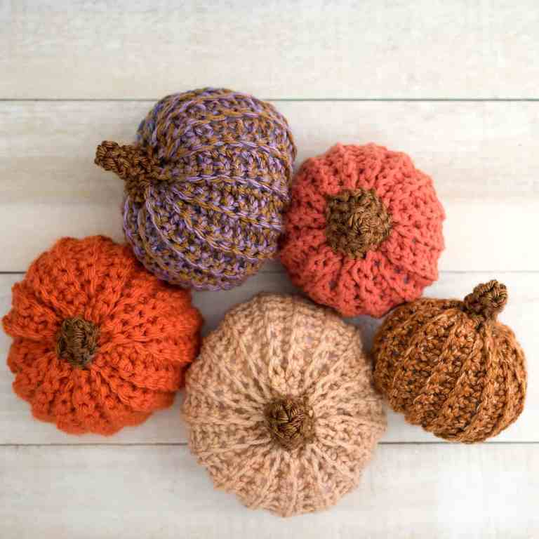 How to Crochet a Pumpkin - the Easy Way!
