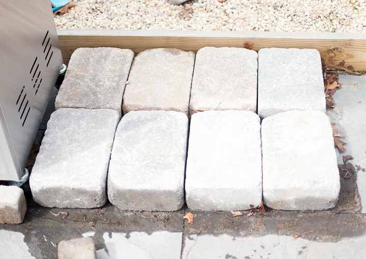 How to Build an Easy Stone Grill Surround
