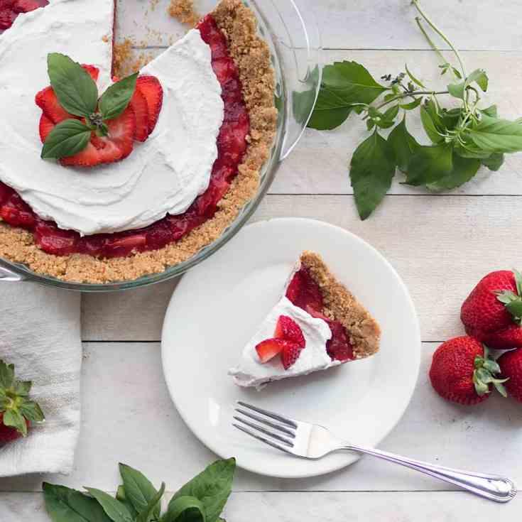 Vegan Strawberry Icebox Pie