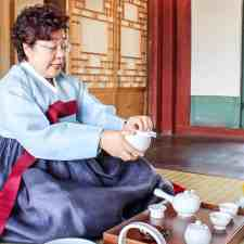 Experience a Gyeongbokgung Palace Tea Ceremony