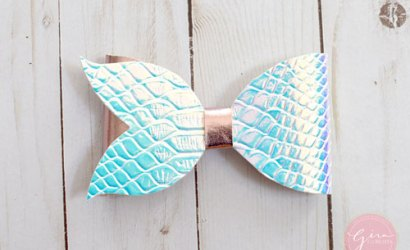 How to make a Mermaid Tail Bow without a cutting machine!