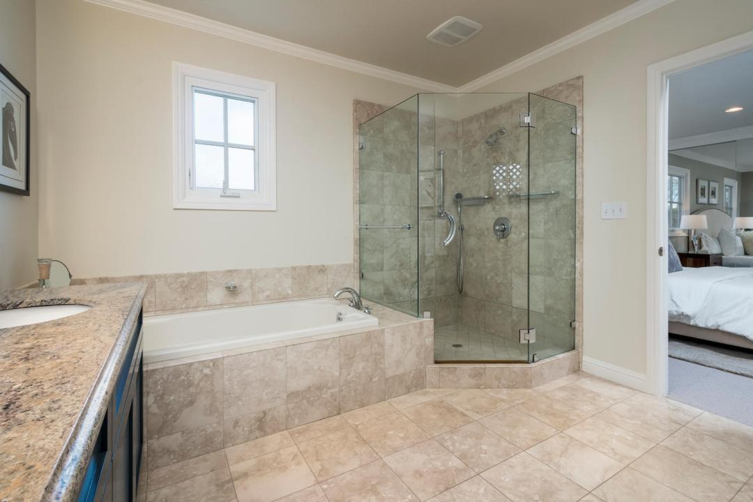 520 Francisco Dr Burlingame CA-large-030-35-Master Bathroom-1500x1000-72dpi