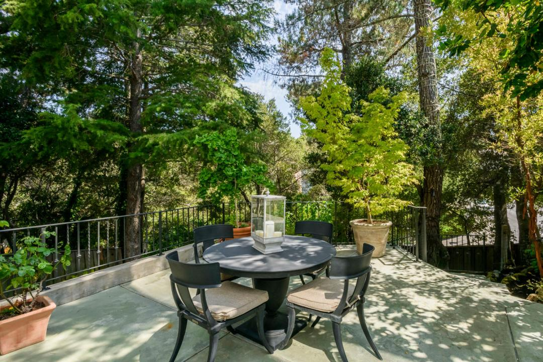 108 La Loma Ln Burlingame CA-large-007-9-Patio-1500x1000-72dpi