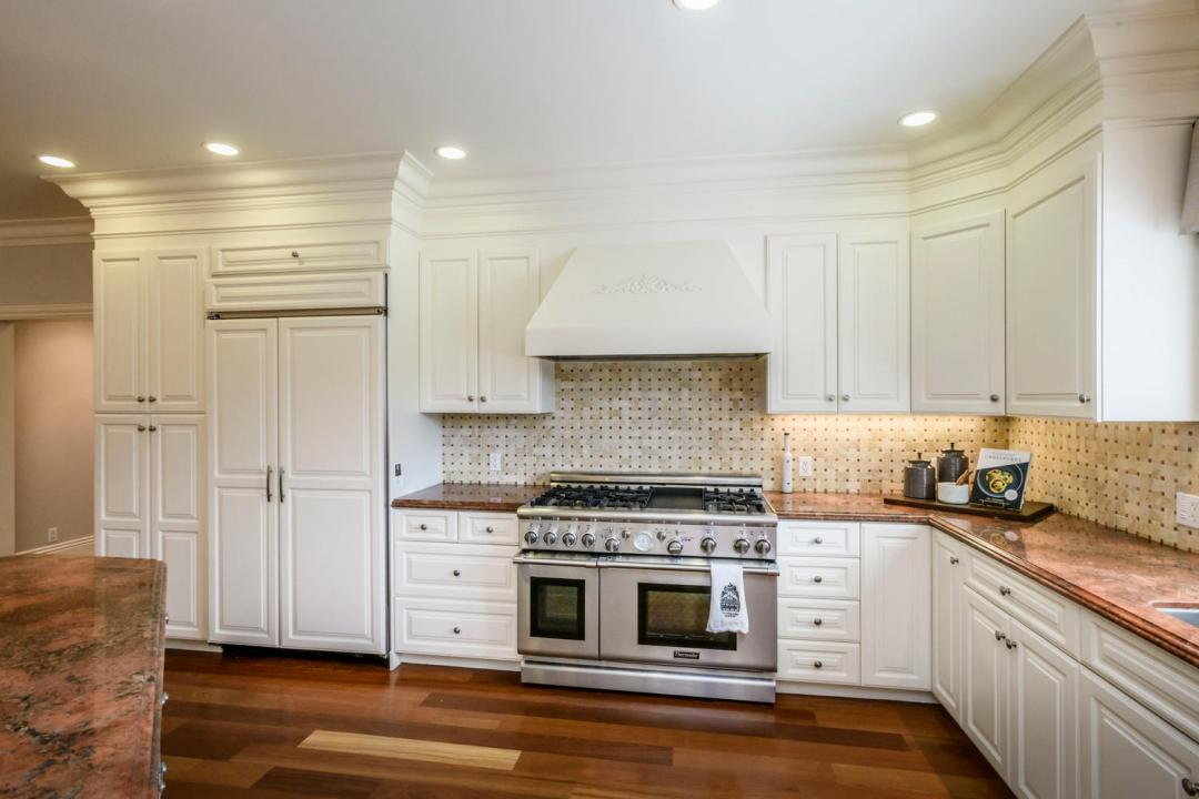 108 La Loma Ln Burlingame CA-large-021-17-Kitchen-1500x1000-72dpi