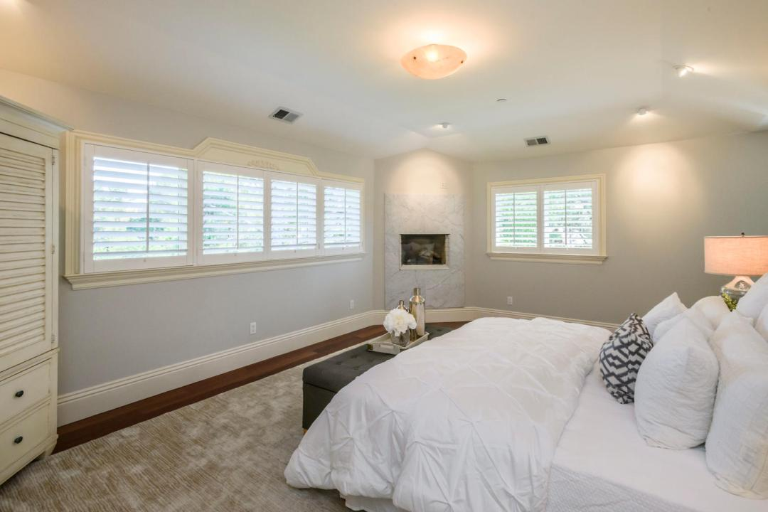 108 La Loma Ln Burlingame CA-large-030-29-Master Bedroom-1500x1000-72dpi