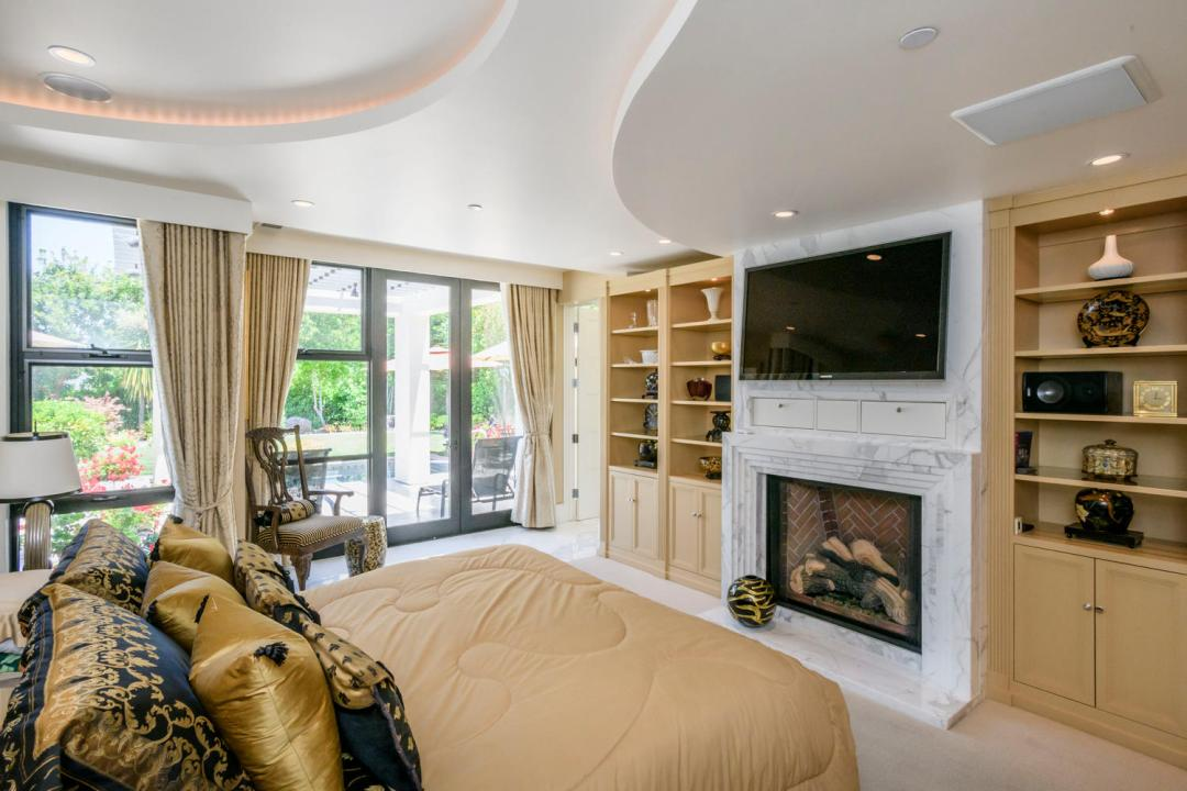 930 Hillsborough Blvd-large-031-24-Master Bedroom Ensuite-1500x1000-72dpi