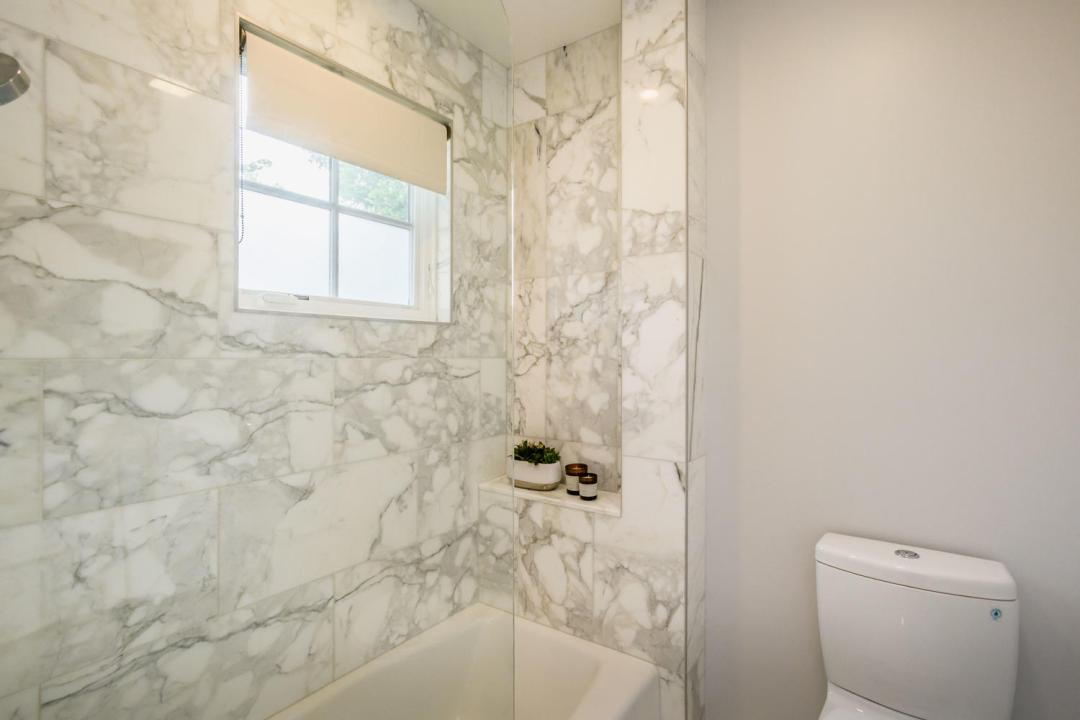 1517 Chapin Ave Burlingame CA-large-031-15-Bathroom-1500x1000-72dpi