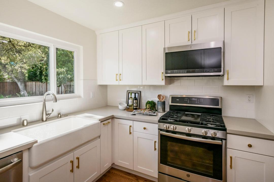 2809 Brittan Ave San Carlos CA-large-012-16-Kitchen-1500x1000-72dpi