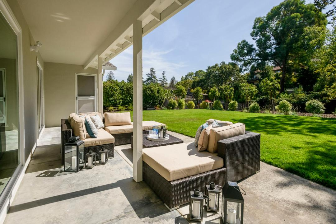 2809 Brittan Ave San Carlos CA-large-020-11-Patio-1500x1000-72dpi