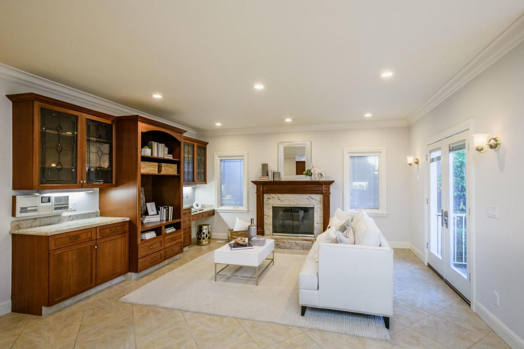 840 Newhall Rd Burlingame CA-large-011-5-Family Room-1500x1000-72dpi